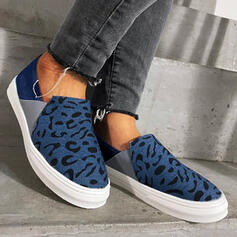 Women's Canvas Flat Heel Flats Round Toe Slip On With Animal Print shoes