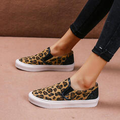Women's Leatherette Flat Heel Flats Loafers With Animal Print shoes