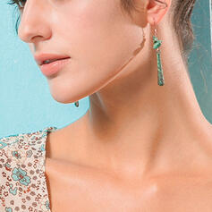 Fashionable Simple Alloy With Leaf Earrings 2 PCS