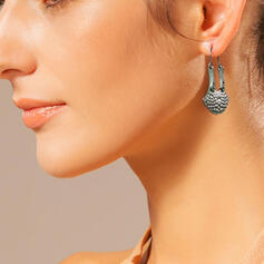 Classic Simple Alloy With Pearls Earrings 2 PCS