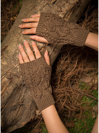 Hollow/Crochet fashion/Comfortable/Fingers Gloves