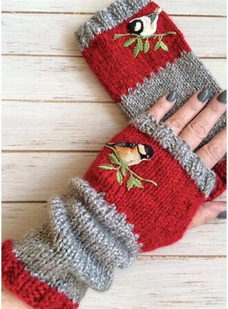 Crochet fashion/Comfortable/Animal Designed Gloves