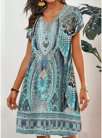 Print Short Sleeves Shift Knee Length Casual/Boho Tunic Dresses