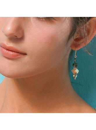 Fashionable Classic Alloy With Plastic Beads Earrings 2 PCS