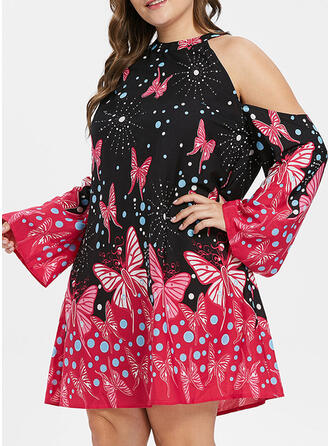 Plus Size Floral Print Cold Shoulder Sleeve Flare Sleeve Shift Above Knee Casual Vacation Dress