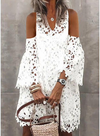 Lace/Solid/Hollow-out Long Sleeves/Flare Sleeves Shift Knee Length Elegant Dresses